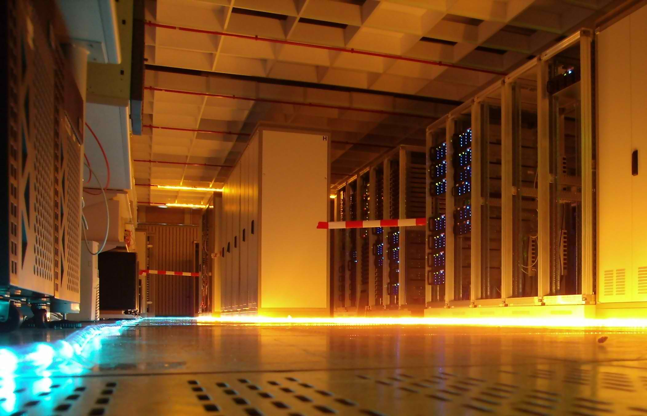 6 questions to ask before choosing a data center colocation provider
