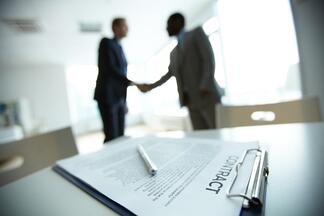5 Key Provisions for IT Service Provider Contracts - Featured Image