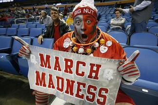 Tips for Managing Productivity During March Madness - Featured Image