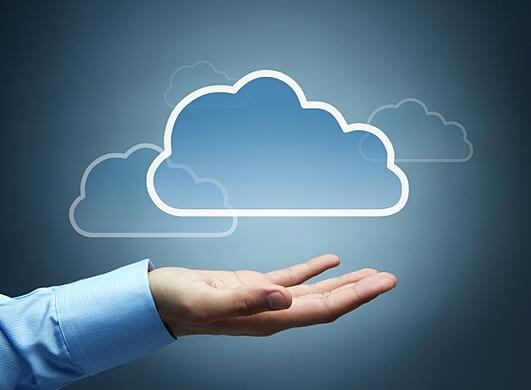 cloud-computing-hand